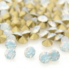 Strass Chinês White Opal PP13 SS6 50  unidades